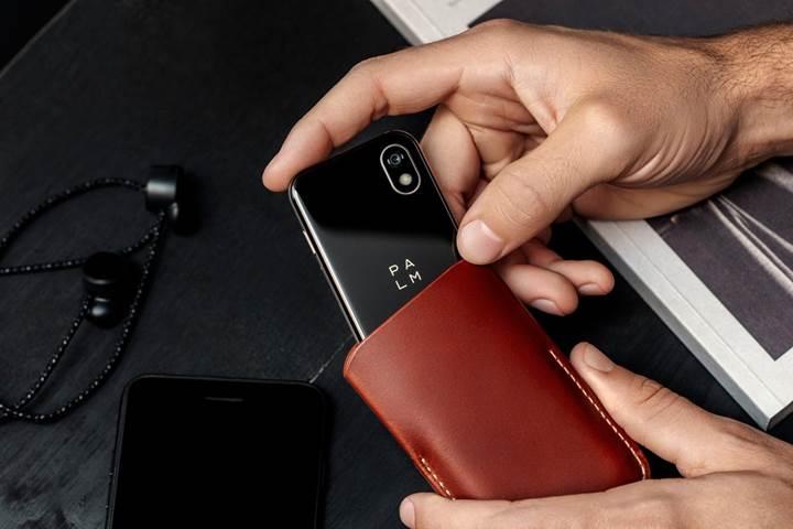 Palm-kredi-karti-buyuklugunde-bir-Android-telefon-duyurdu104239_3